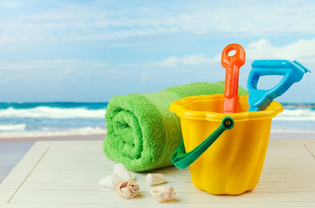Packing for a day at the beach can be hectic, especially with a couple kids. This list of 15 Things To Pack For The Beach is here to help you out!