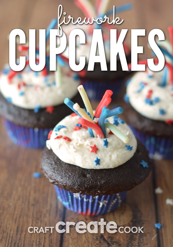 These firework cupcakes are a perfect 4th of July dessert!