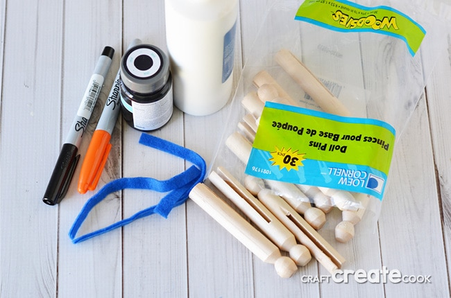 This penguin craft is great for kids and makes a cute winter home decor item.