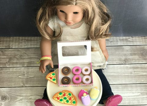 A little creative thinking it all it takes to make this easy DIY American Girl Doll Food.