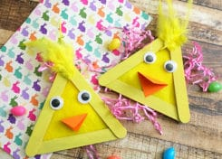 This Easter Chick Popsicle Stick Craft will be the perfect craft to make with your kids this Easter.