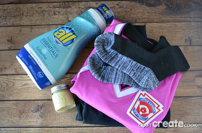 laundry detergent perfect for softball uniform