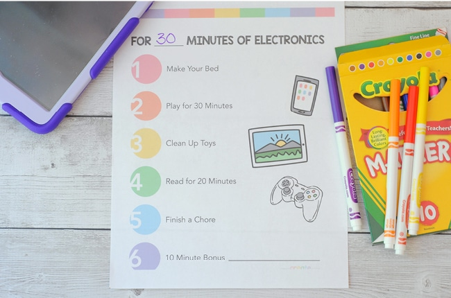 Keep your child's screen time to a minimum this with our FREE Screen Time Printable!