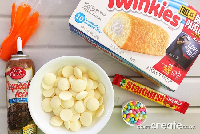 These Snowman Twinkie Treats are a perfect Winter treat that the kids will love.