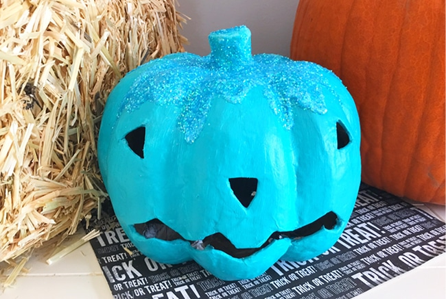 This is the Teal Pumpkin Project that you can use year after year!