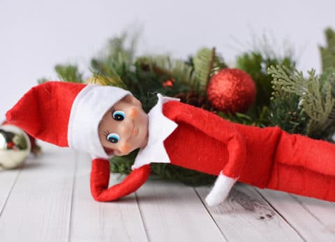 This 10 minute tutorial on how to make a bendable elf on the shelf is a life changer!