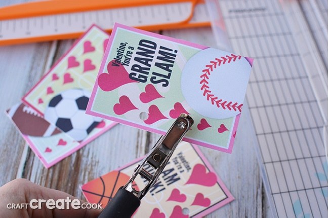 Kids will love these sports valentine cards for their classmates!