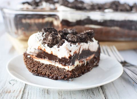 My Oreo cookie dessert is perfect for a large family gathering or just because you want something delicious!