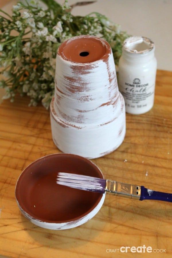 Painting flower pot saucer