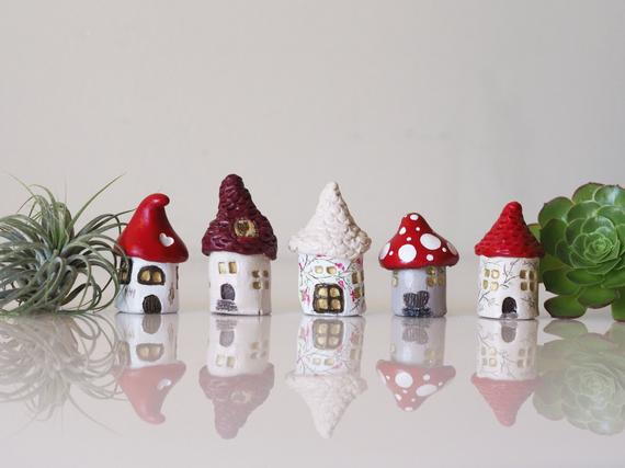 Tiny house set of 5 -Collectible thimbles -Clay mini houses -Small fairy garden house -Clay house - Miniature garden house -Miniature house